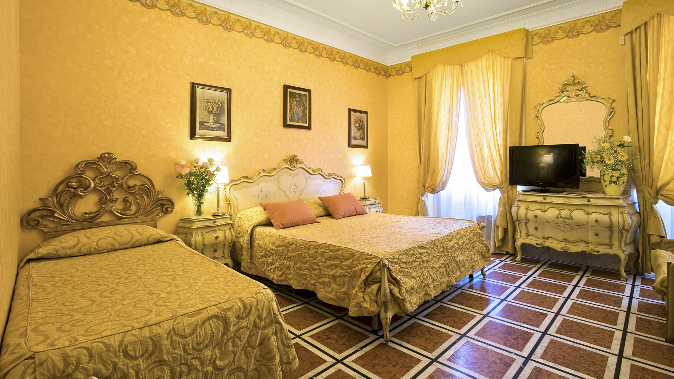 san lorenzo chat rooms San lorenzo rooms in rome on hotelscom and earn rewards nights collect 10 nights get 1 free read 11 genuine guest reviews for san lorenzo rooms.